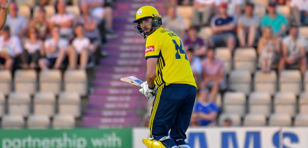 Miserable Hampshire chase allows Glamorgan a record win in Vitality Blast opener
